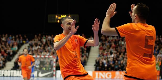 24/12 Selectie Oranje zaal tweeluik ...