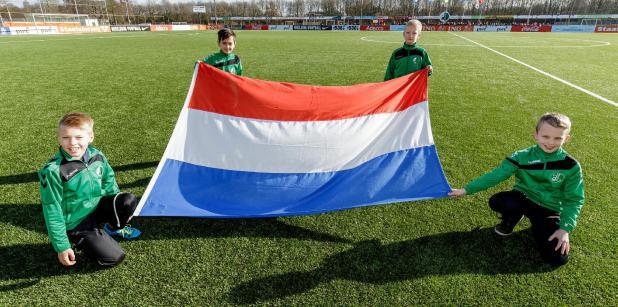09/01 Onder 15 oefent tegen Ierland